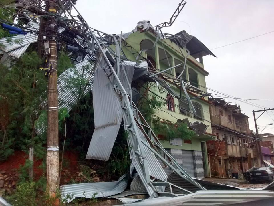 Famílias atingidas pela chuva em Cachoeiro já podem sacar o ...