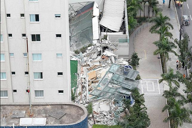 Infiltração em piscina pode ter provocado desabamento de área de ...