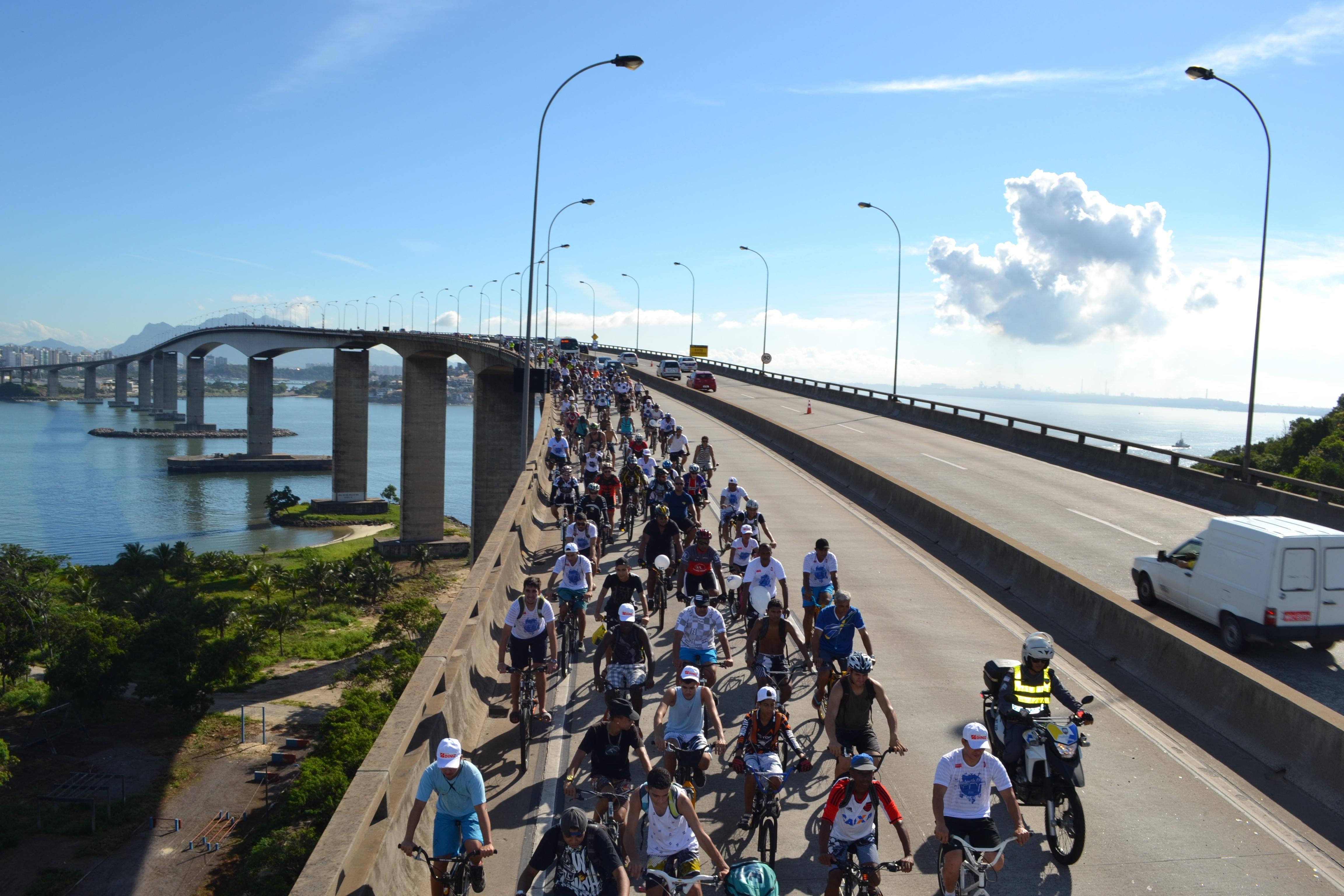 'Pedalaço pela Paz' interdita parcialmente a Terceira Ponte neste ...