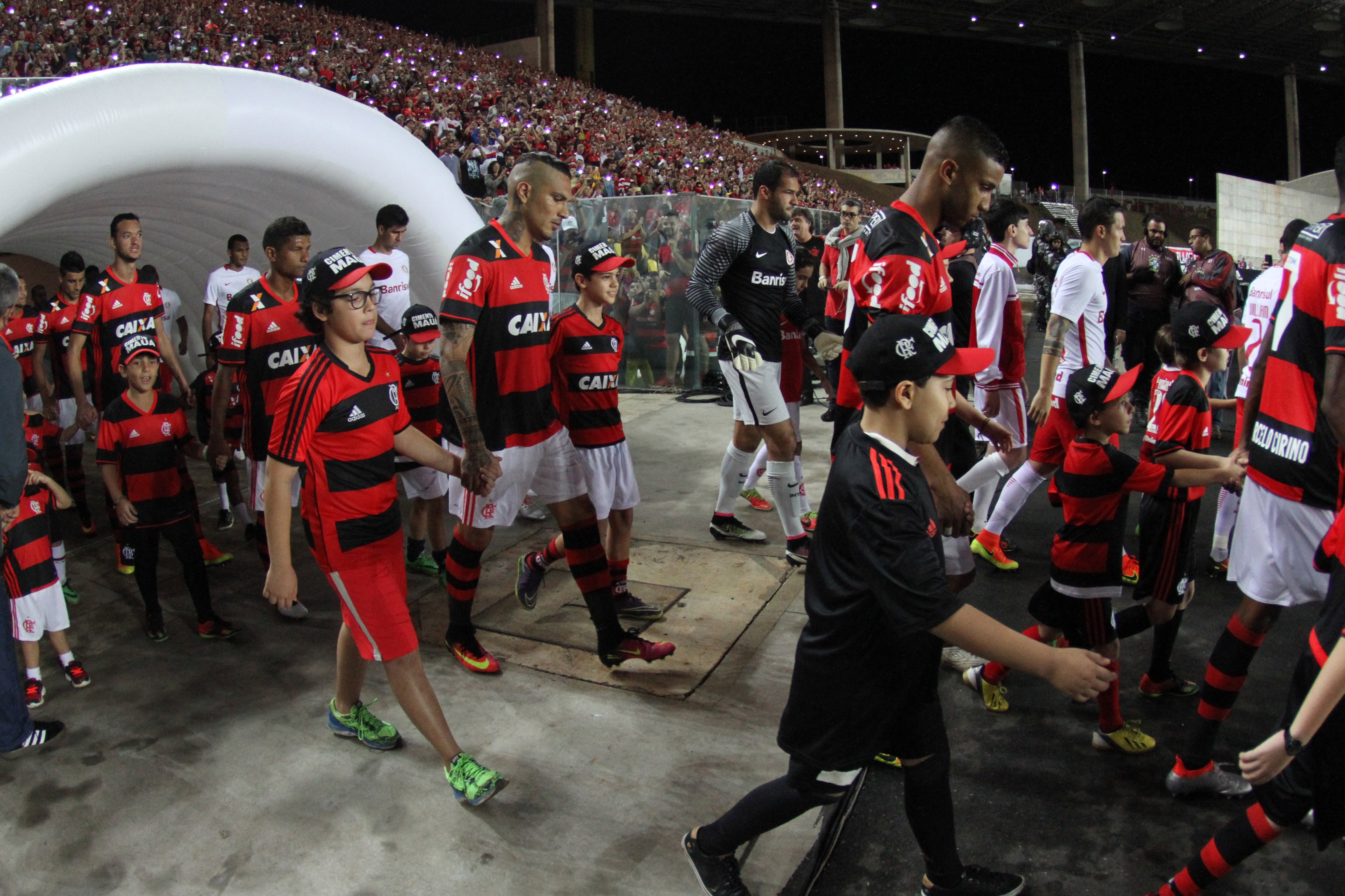 Ingressos para jogo do Flamengo no ES já estão esgotados | Folha ...