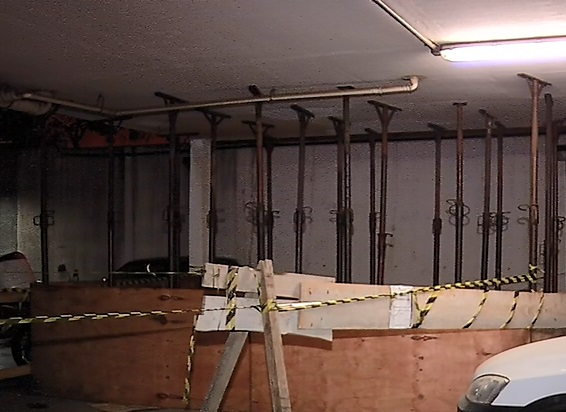 Garagem de condomínio é isolada pela Defesa Civil em Cariacica ...