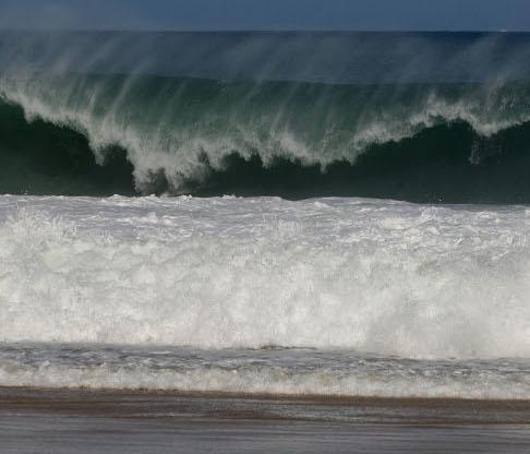 Climatempo alerta para ondas de até 2 metros no Espírito Santo ...