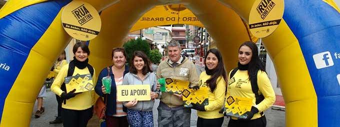 Ação em Domingos Martins na Rua do Lazer