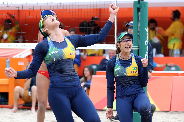 flagras na praia novinhas brasileiras
