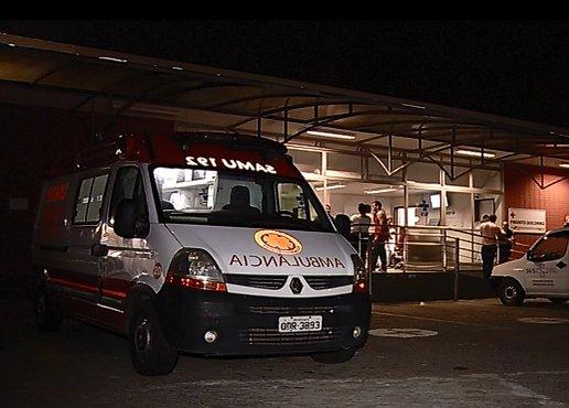 Estudante é baleado dentro de ônibus ao ir para faculdade em Vitória