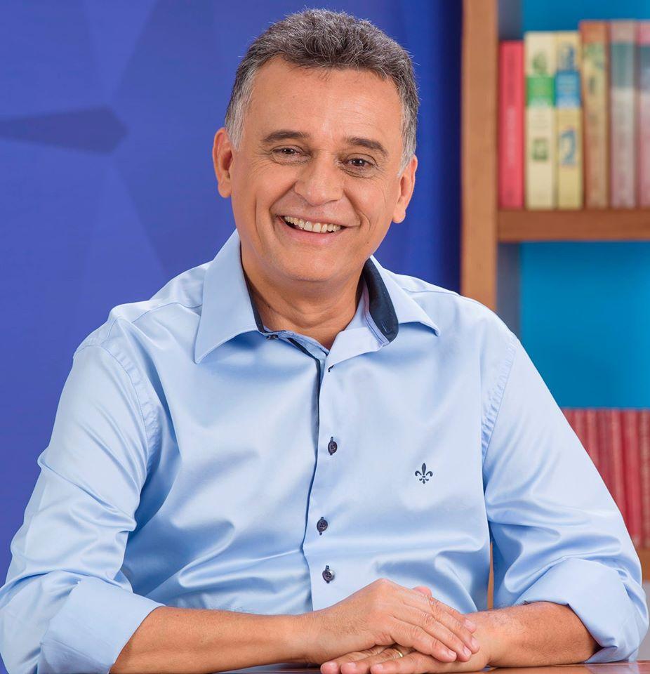 Prefeito da Serra apresenta melhora, mas ainda respira com ajuda ...