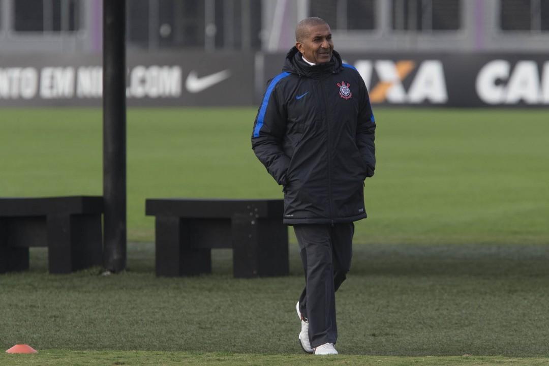 'clima de adversidade' no Corinthians para encarar Fluminense