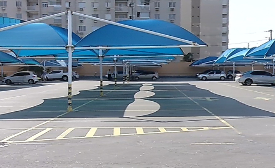 Professor tem carro furtado em estacionamento de supermercado ...