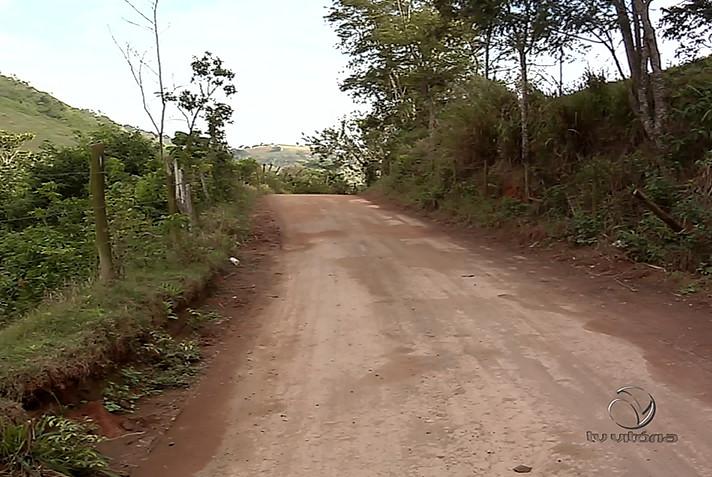 Jovem é morto com sete tiros na cabeça em estrada de chão da Serra