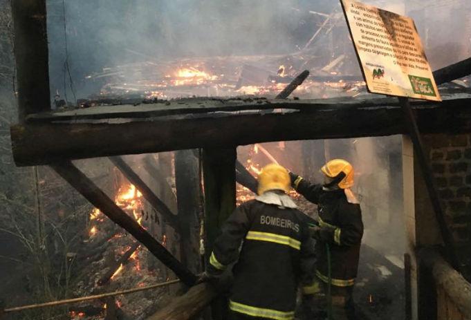 Laudo que deve apontar causas de incêndio em restaurante em ...