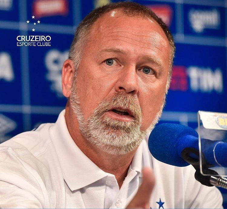 Mano elogia alta produção ofensiva e maturidade do Cruzeiro em ...