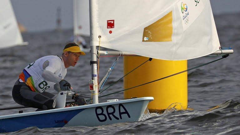 Robert Scheidt vence medal race na Laser, mas fica sem medalha ...
