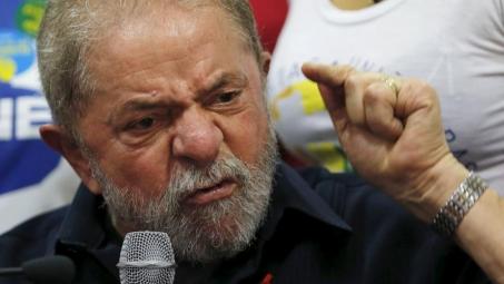 'abraçou PMDB' para evitar risco de impeachment no mensalão