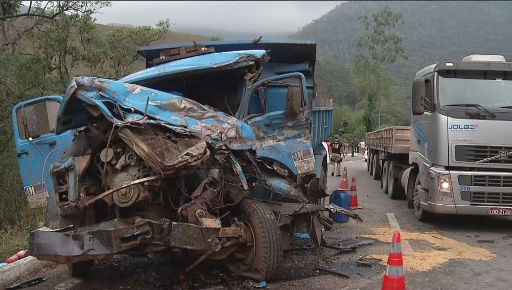 Acidente com caminhões mata um, deixa dois feridos e interdita BR ...