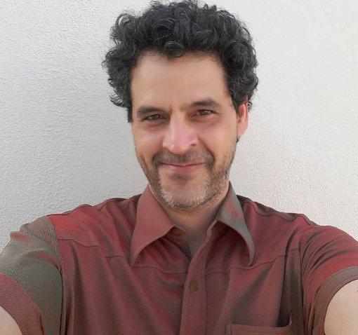 """Bruno Garcia interpreta homossexual em nova série e diz: """"Eu ia ..."""