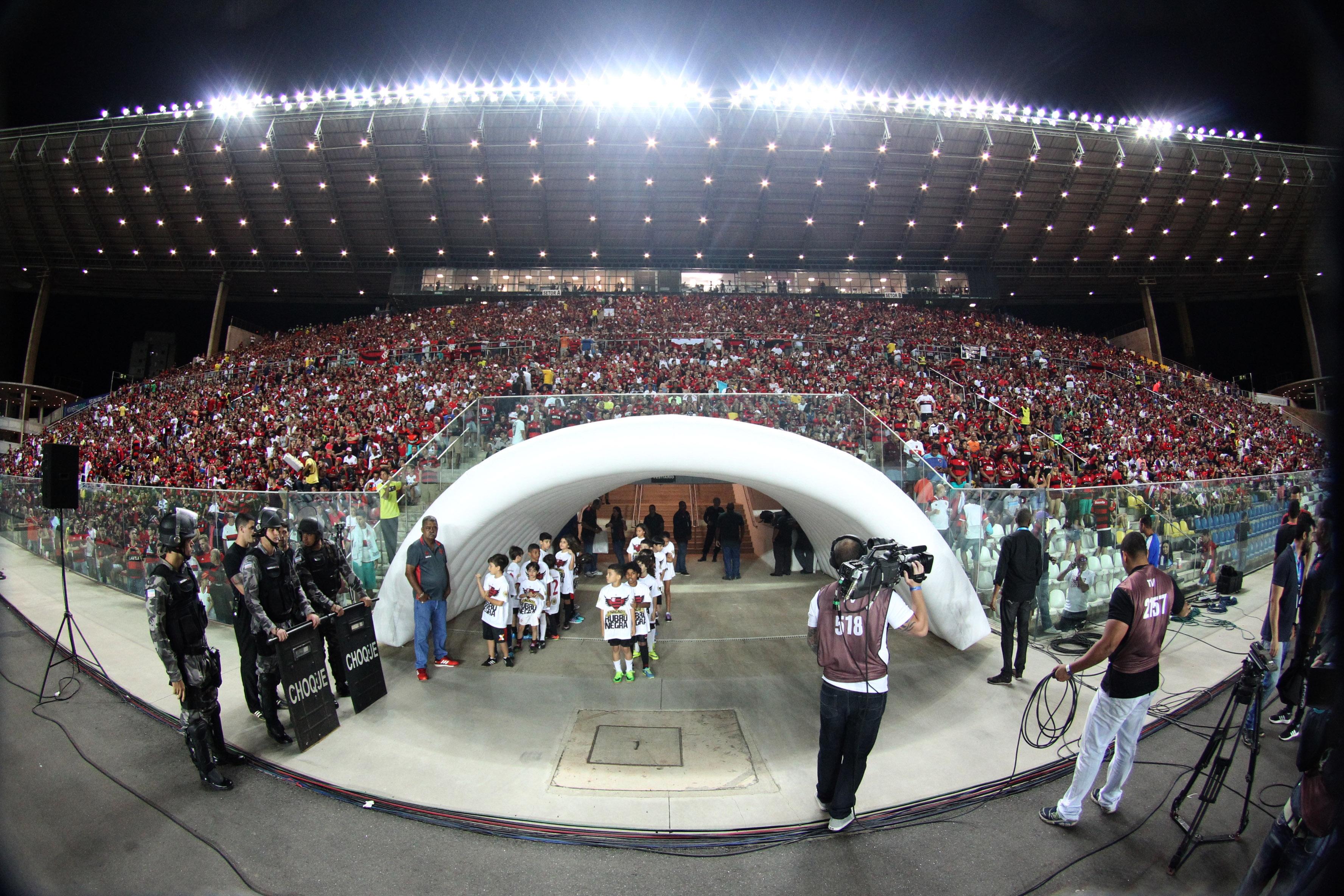 Em dose dupla! Flamengo fará jogo de volta da Sul- Americana no ...