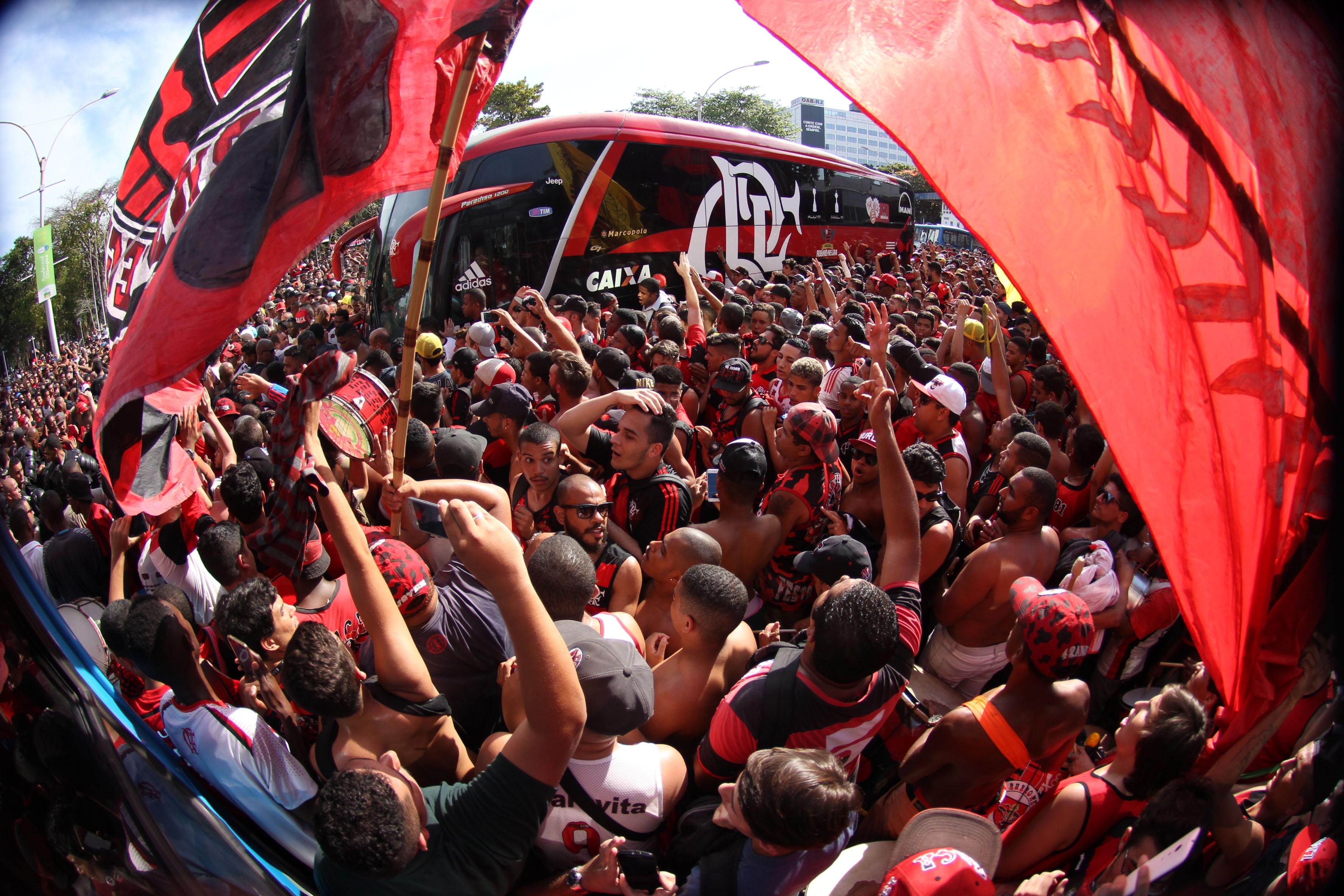 Boa fase do Flamengo no Brasileirão rende até música: 'Cheirinho ...