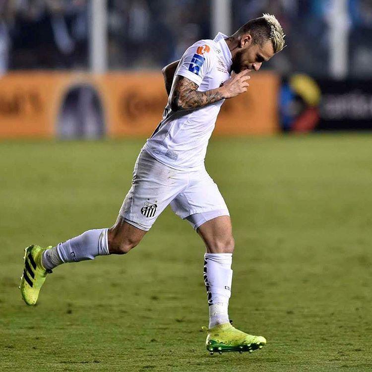 Santos reclama de expulsão e critica arbitragem contra o Inter ...