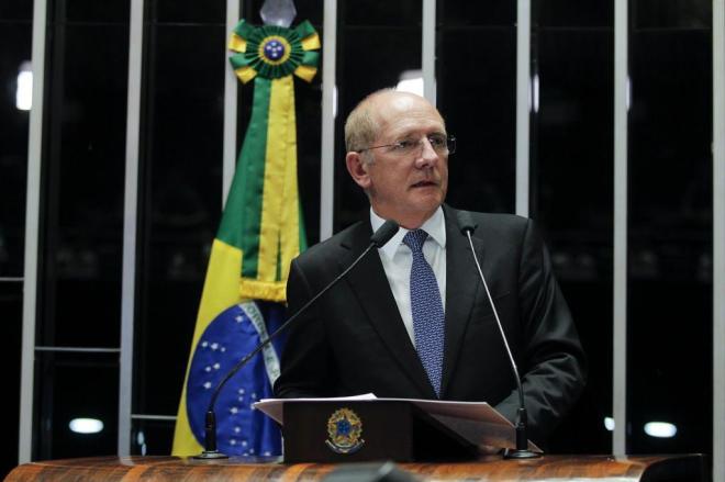 Prisão de Mantega mostra que todos devem ser punidos, diz líder ...