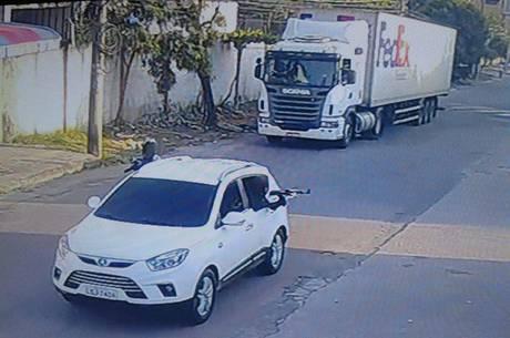 Motorista é feito refém em roubo de carga na zona norte do Rio ...