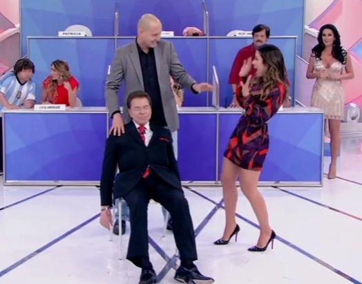Silvio Santos é hipnotizado ao vivo e vê Helen Ganzarolli nua. Veja ...