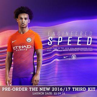 Manchester City apresenta terceira camisa nas cores roxa e laranja ...