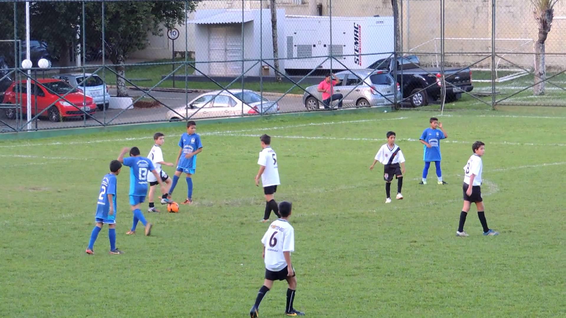 Equipes da Escolinha do Zico, Vasco e Botafogo disputam ...