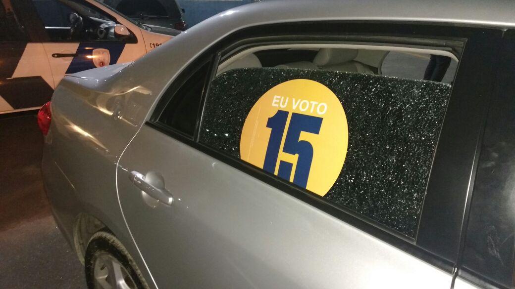 Motociclista atira contra carro onde estava deputado Marcelo Santos