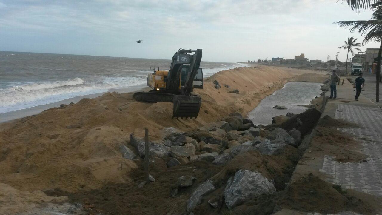 Segundo a Secretaria de Obras, a contenção nas praias de Marataízes será concluído entre 40 a 50 dias