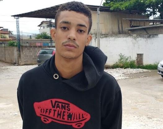 Foragido da Penitenciária de Vila Velha é preso com moto furtada ...