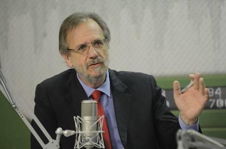 Ex-ministro Miguel Rossetto é exonerado do Conselho de ...