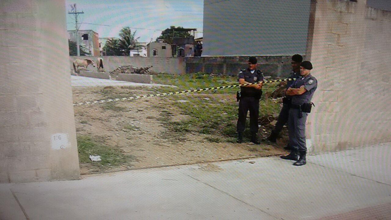 Moradora de rua é morta a pauladas e pedradas em Vila Velha ...