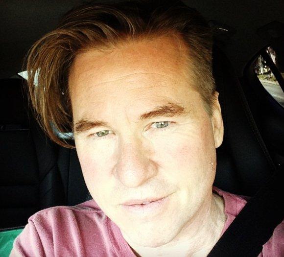 Michael Douglas confirma que Val Kilmer tem cancro