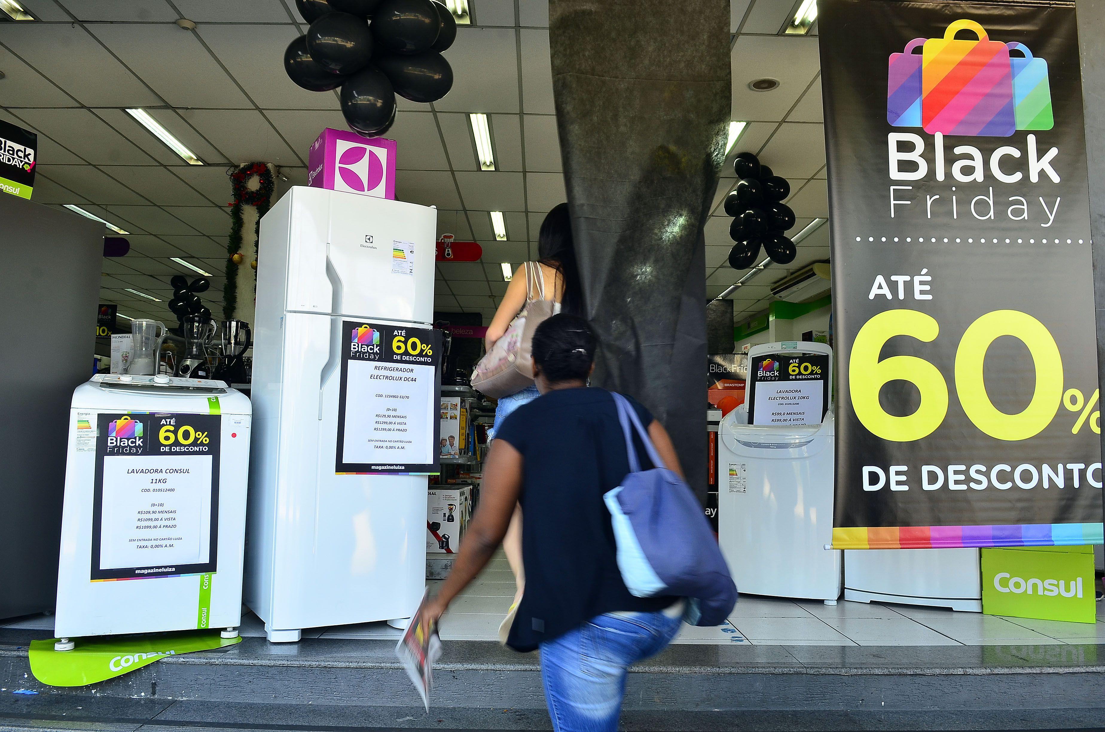 ed62798dc3 Comerciantes prepararam ofertas especiais para a Black Friday Foto  Agência  Brasil