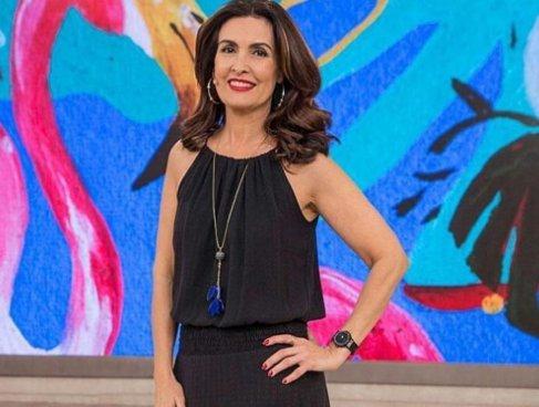 Após enquete polêmica na TV, Fátima Bernardes é detonada por Jair Bolsonaro
