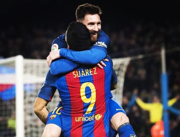 Barcelona goleia Espanyol e pressiona Real Madrid antes do Natal