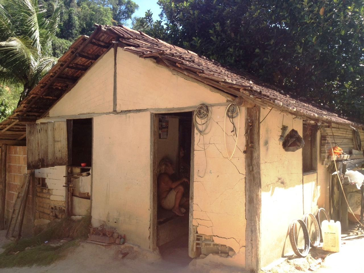 cerca de famlias foram com reformas ampliaes e construes de novas casas em