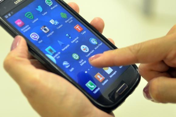 Contas de telefone ficam mais caras a partir deste mês após mudança no ICMS