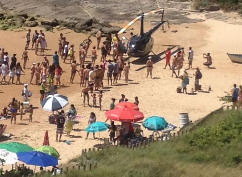 Bim da Ambulância é preso após pousar helicóptero em praia de Guarapari