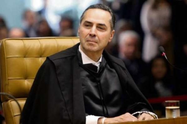 Barroso pede desculpas por chamar Joaquim Barbosa de 'negro de primeira linha'