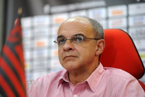 Presidente do Fla minimiza crise na equipe médica e aguarda acordo por Maracanã