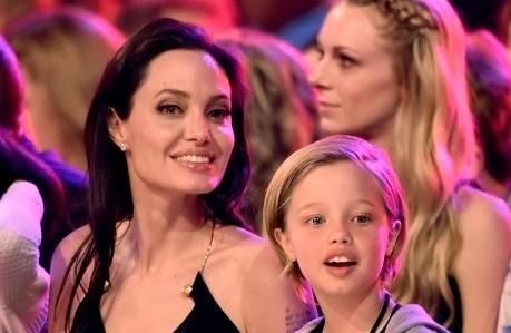 Filtran imgenes de Angelina Jolie en video porno Fotos